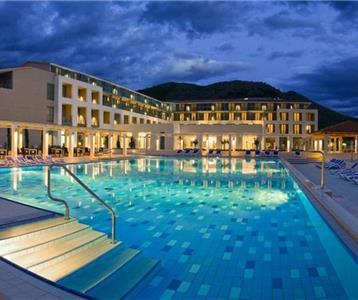 Grand Admiral Hotel