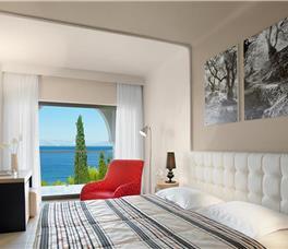 Dhome dyshe Pamje nga deti