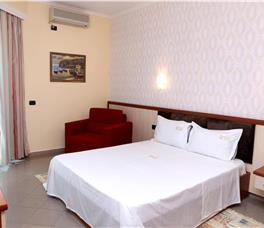 Hotel Ylli Detit