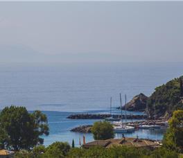Golden Bay Suites & Maisonettes