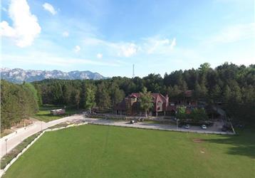 Natyral Razma Resort