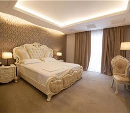 Dhome dyshe standarte