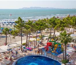 Grand Blue Fafa Resort B