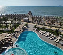 Supreme Resort  & Spa